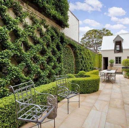 Garden wall founns sydney garden ftempo for Garden design jobs sydney