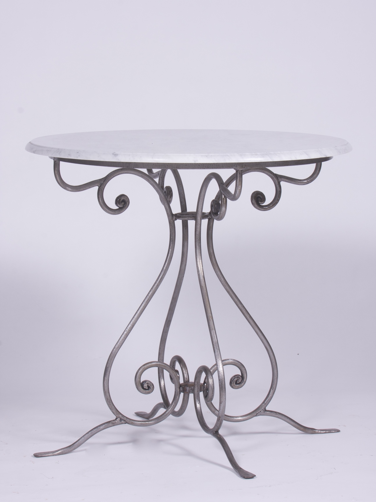 Coffee And Occasional Tables - Round marble cafe table