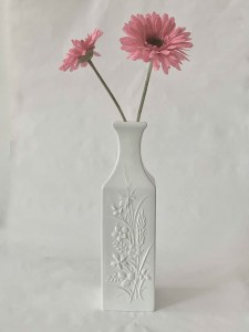 EMBOSSED-VASE-CERAMIC-LEFORGE-HOMEWARE-ITALIAN-WILLOUGHBY-SYDNEY.IMG_0797 Jpeg