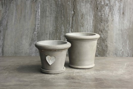 Heart-Terracotta-Pot-White-Grey-LeForge-Garden-Willoughby.jpg