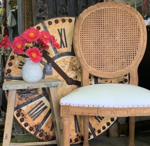 Medallion-chair-rattan-Leforge-Willoughby. IMG_1440jpg