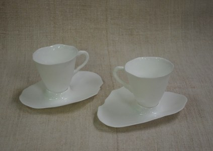 White Porcelain Dinner Wear Cup Saucer Imperfection Le Forge