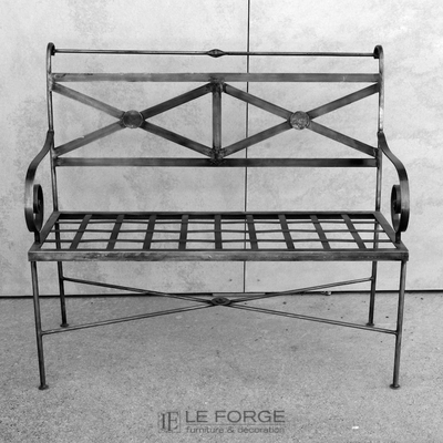 bench-outdoor-galvanised-french-le forge.jpg